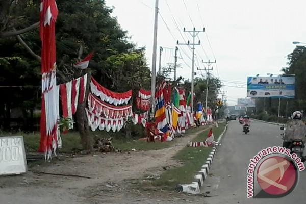 Pedagang Aksesoris 17 Agustus Banjiri Kota Palu
