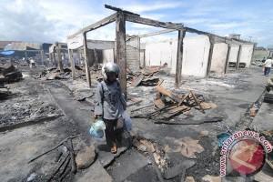 Pedagang  Korban Kebakaran Minta Pemkot Sediakan Tempat