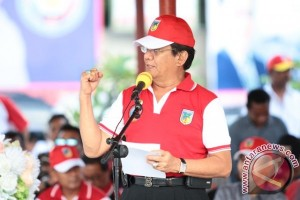 Gubernur Sulteng Minta KONI Tingkatkan Prestasi Atlet