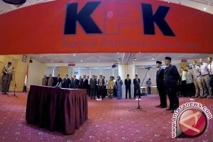 """Dirdik KPK ungkap """"orang kuat"""" ganggu kinerja"""