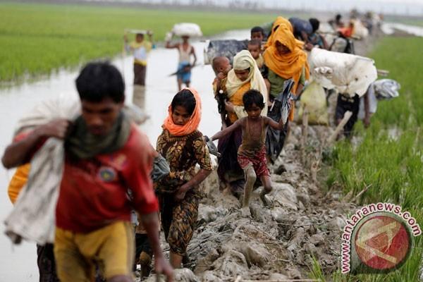 Bangladesh paksa 2.000 Rohingya tinggalkan pulau tempat sembunyi