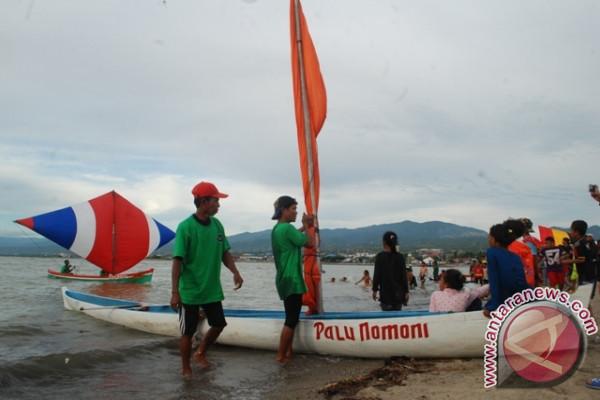 Lomba Perahu Layar Meriahkan Palu Nomoni