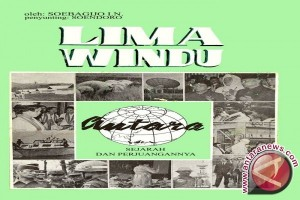 "Pers idealis inovatif patriotis dalam ""Lima Windu Antara"""