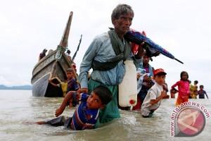 Tekanan untuk Myanmar membesar seiiring pengungsi Rohingya
