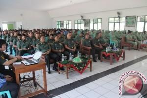 Tentara dan istri di Palu ikut pembinaan mental