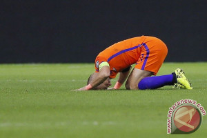 Belanda menang, tapi gagal melaju ke Piala Dunia