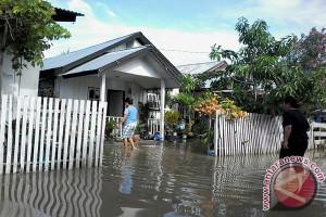 Diguyur Hujan Dua Jam,  Palu Banjir