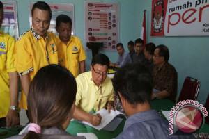 Bupati Poso Pimpin Langsung Pendaftaran Golkar