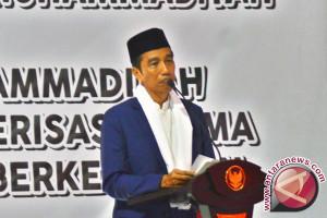 Presiden Jokowi di Pekalongan disambut ribuan santri