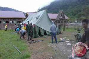 GOTONG ROYONG BANGUN SEKOLAH DARUTAT