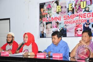 Alumni Bantu Biaya Pendidikan Siswa Miskin SMPN 3