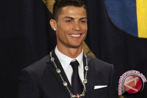 Ronaldo sabet gelar Ballon d'Or kelima