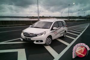 Konsumsi BBM Honda Mobilio tembus 24,1 km/liter