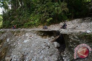 Anggaran pembangunan jalan Lindu Rp6 miliar