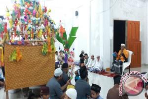 Jamaah Masjid Nurul Ikhwan Kampal Rayakan Maulid