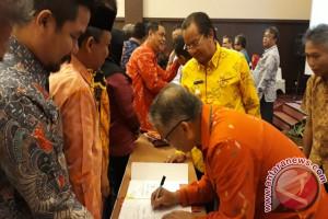 Gubernur minta Bank Sulteng perbanyak sponsori kegiatan