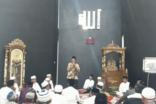 Gubernur Sulteng resmikan  masjid Almujahidin