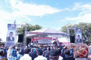 Ribuan warga antar pasangan Tahajud mendaftar Pilkada Morowali