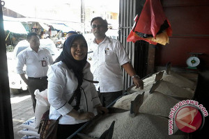 Bulog sulteng tetap beli beras pascagempa