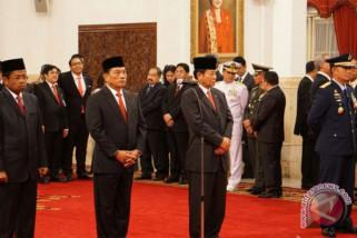 Istana mulai ramai didatangi undangan