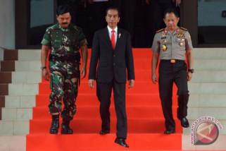 Presiden minta TNI-Polri tetap solid jelang pilkada
