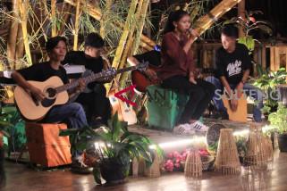 Institut Mosintuwu Luncurkan Aransemen Enam Lagu Poso