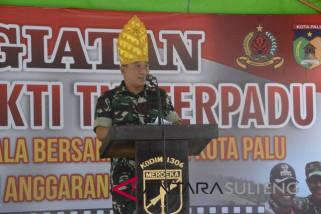 TNI bangun jalan desa 2.800 meter di Kota Palu
