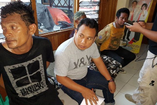 Lempari petugas dengan bom molotov, empat nelayan Luwuk ditahan