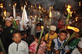Pawai obor sambut Ramadhan