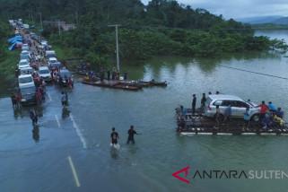 Transportasi Sulteng-Sultra lumpuh akibat banjir