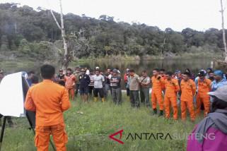Tim Basarnas Sulteng sisir Danau Tambing