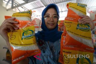 Bulog Sulteng mulai jual beras sachet