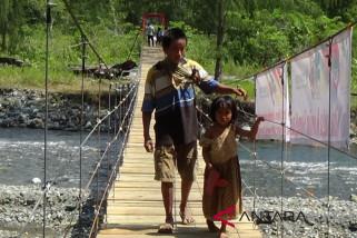 Komunitas adat terpencil di Luwuk nikmati pembangunan jembatan