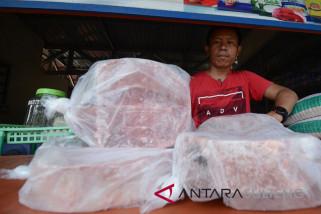 Impor daging kerbau beku