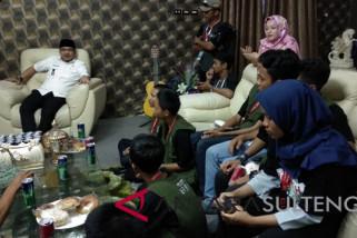 Wawali Palu Pasha Ungu: biasakan berbicara baik