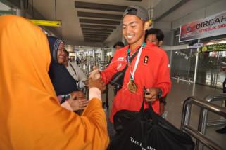 Asian Games - pedayung Sulteng pulang kampung ketemu orangtua
