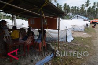 Ribuan warga Desa Poi diungsikan karena terancam longsor