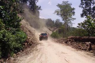 Gubernur kunjungi Kulawi, jalan raya sudah terbuka