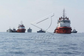Presiden : 15 kapal bantu pencarian korban pesawat jatuh