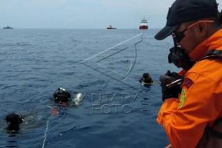 Pencarian korban Lion Air oleh Basarnas