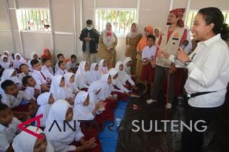 Menteri BUMN kunjungi sekolah darurat Perumnas Balaroa