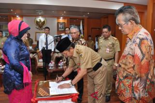 Gubernur harap bank Sulteng beri kelonggaran debitur