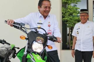 Harley Group serahkan 4 motor trail kepada Gubernur Sulteng