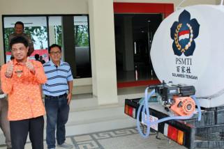 Yayasan Amal Tiga Roda bantu mobil tangki air ke Pemprov Sulteng