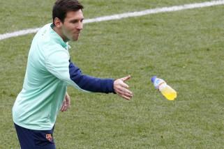 Messi kembali berlatih bersama Barcelona