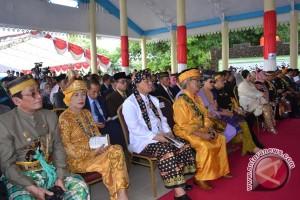 Sejumlah Raja Hadiri Pelantikan Wali Kota Baubau