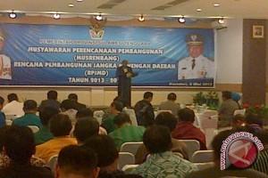Gubernur Sultra Janjikan Selesaikan Dua Proyek Strategis