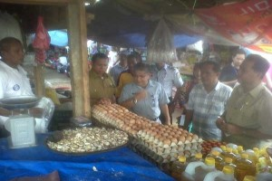 Disperindag Kolaka sidak harga sembako jelang ramadhan