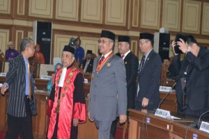 Gubernur Berharap DPRD Segera Bentuk Alat Kelengkapan