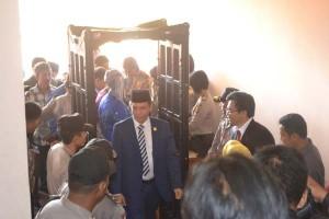 Sejumlah Wartawan Dilarang Masuk Saat Pelantikan DPRD Sultra